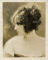 Virginia Portrait 1929 2.jpg