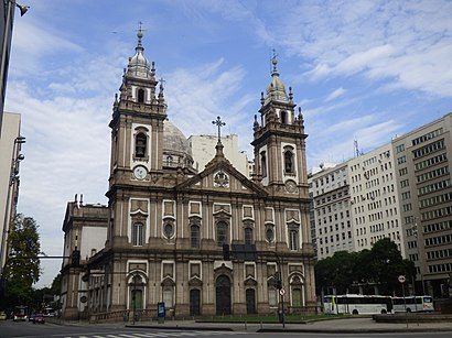 Como chegar até Igreja De Nossa Senhora Da Candelária com o transporte público - Sobre o local