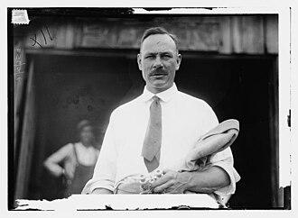 Vivian Nickalls - Nickalls on June 11, 1914 on the Hudson River at Poughkeepsie, New York