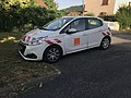 Voiture Orange à Miribel (Ain).JPG
