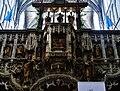 Walcourt Basilique St. Materne Innen Lettner 3.jpg
