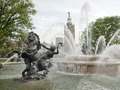 Water fountain near the Plaza Shopping Mall, Kansas City, Missouri LCCN2010630389.tif