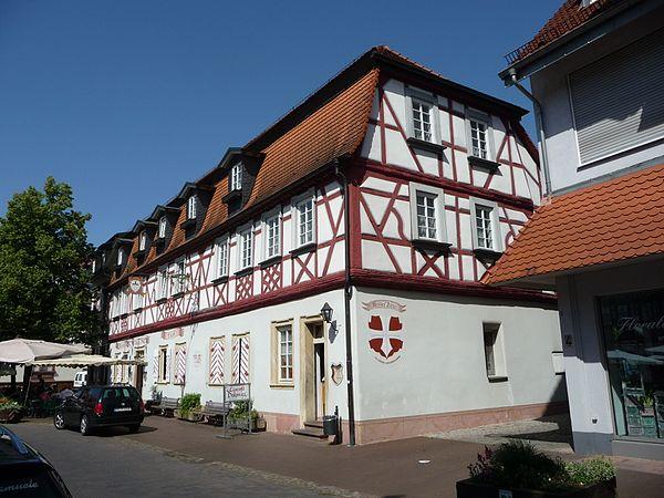 Ehemalige Zigarrenfabrik, Bahnhofsstraße 1, Lorsch Weisses Kreuz Lorsch 02