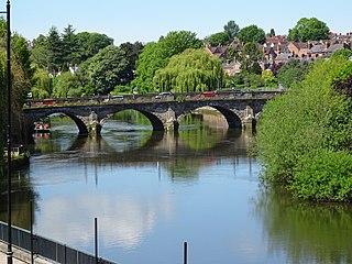 Welsh Bridge bridge across the River Severn in Shrewsbury, England
