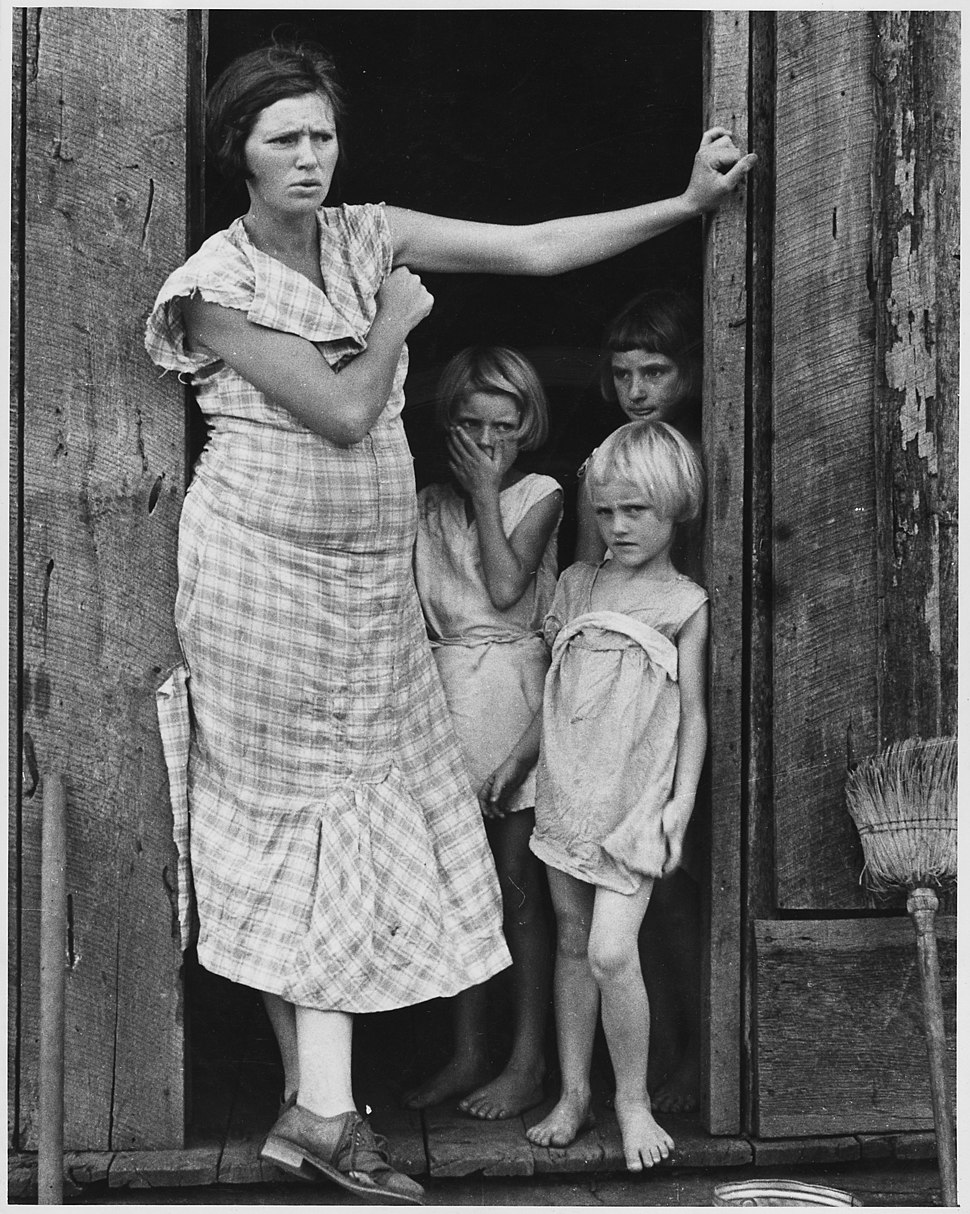 Wife and children of a sharecropper in Washington County, Arkansas - NARA - 195845