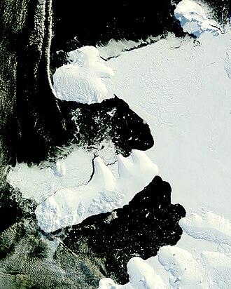 Wilkins Sound - Image: Wilkins Ice Bridge Collapse (1)
