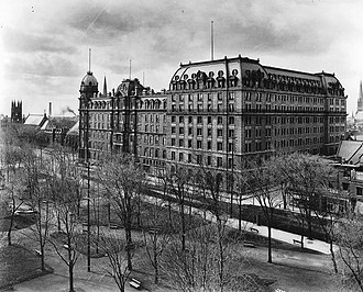 Windsor Hotel (Montreal) - Windsor Hotel and expansion in 1906