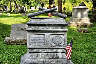 Woodland Cemetery (Des Moines, Iowa) - Image: Woodland Des Moines Crossed Cannons