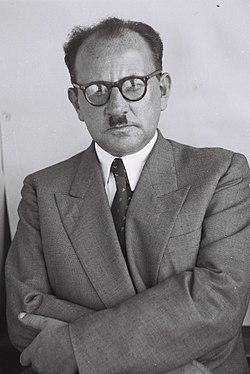 יעקב צור, 1949
