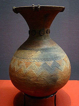 Yayoi period - A Yayoi jar, 1st-3rd century, excavated in Kugahara, Ōta, Tokyo, Tokyo National Museum