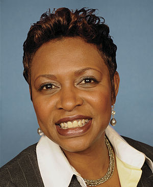English: Congressional portrait for Yvette Clarke.