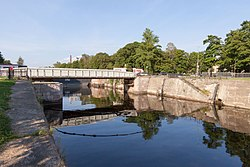 Кронштадт. Вид на доковый мост и канал Петра Великого.jpg