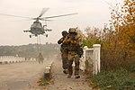 На Дніпропетровщині десантники вдосконалюють професійну майстерність під час бригадних тактичних навчань (30014001452).jpg