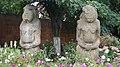 Половецькі кам'яні статуї.jpg