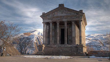 Գառնի, տաճար, մարտ, 2011, HDR.jpg