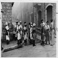 המאורעות בארץ ישראל 1938 - חיפה פינוי הרחובות לאחר התפרעויות-PHL-1088122.png
