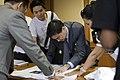 """กลุ่มเยาวชน """"D Ambassdor"""" ร่วมต่อต้านยาเสพติ - Flickr - Abhisit Vejjajiva (4).jpg"""