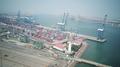 天津港——集装箱运输.png