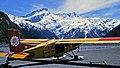 00 3391 Airplane for landings on glaciers (New Zealand).jpg