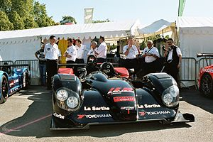Courage C60 - Courage Compétition's No. 13 C60 at the 2005 24 Hours of Le Mans.