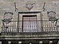 174 Palacio del Marqués de Mancera, balcó i escuts.jpg