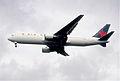 190eu - Air Canada Boeing 767-375ER, C-FPCA@LHR,05.10.2002 - Flickr - Aero Icarus.jpg