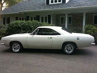 Plymouth Barracuda - 1967 Barracuda hardtop