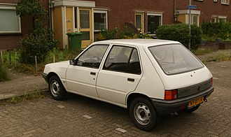 Peugeot 205 - 5-door (pre-facelift)