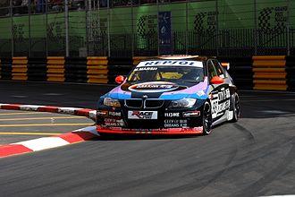 Matthew Marsh (racing driver) - Matthew Marsh driving his BMW320si at the Macau Guia race.