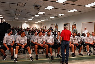 2009 Kansas State Wildcats football team - The team visited Fort Riley during the preseason.