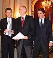 2010.10.14 Macri junto a Aznar y el alcalde de Caracas en las jornadas de FAES Argentina 2010.jpg