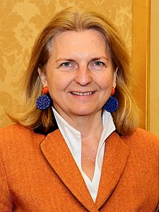 2018 Karin Kneissl Paul Richard Gallagher (16. Jänner 2018) (24876263787) (cropped).jpg