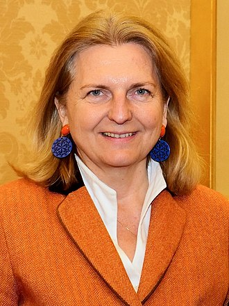 Minister of Foreign Affairs (Austria) - Image: 2018 Karin Kneissl Paul Richard Gallagher (16. Jänner 2018) (24876263787) (cropped)