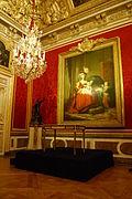 21 mars 2011 - Présentation du Bureau de la Reine dans l'antichambre du Grand Couvert.JPG