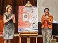 25 de noviembre de 2015 - Develación de sello postal a prósito de la no violencia hacia la mujer. (23007332400).jpg