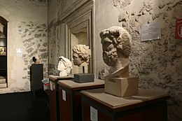 9911 - Three Roman busts - Castello ursino, Catania - Photo by Giovanni Dall'Orto, October 28 2016.jpg