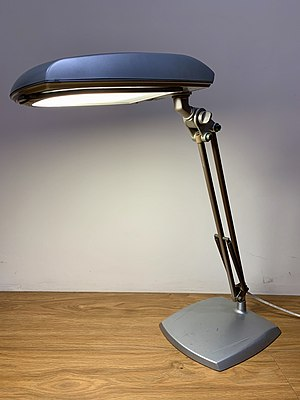 A 3M Desk Lamp.jpg