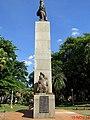 A EPOPÉIA DE 32, Monumento na Praça XV de novembro em Ribeirão Preto em frente ao Teatro Pedro II. O monumento é dedicado aos heróis que lutaram na Revolução Constitucionalista de 1932, último con - panoramio.jpg
