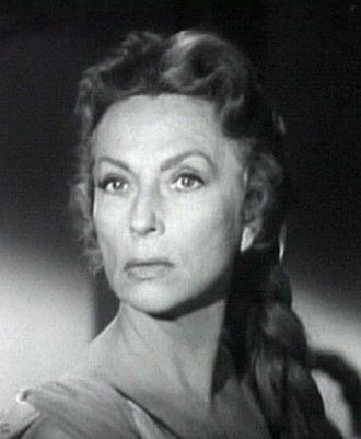 The Bat (1959 film) - Agnes Moorehead as Cornelia Van Gorder