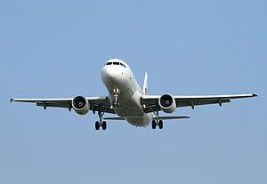 Airbus A320-214 EC-IEG Iberia.jpg