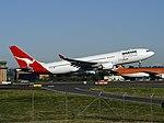 Airbus A330-201, Qantas AN0397941.jpg