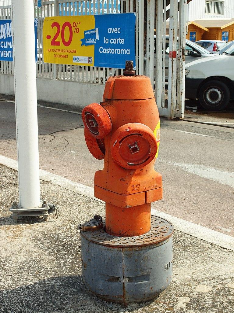 File Aix En Provence Fr 13 La Pioline Bouche D Incendie 03 Jpg