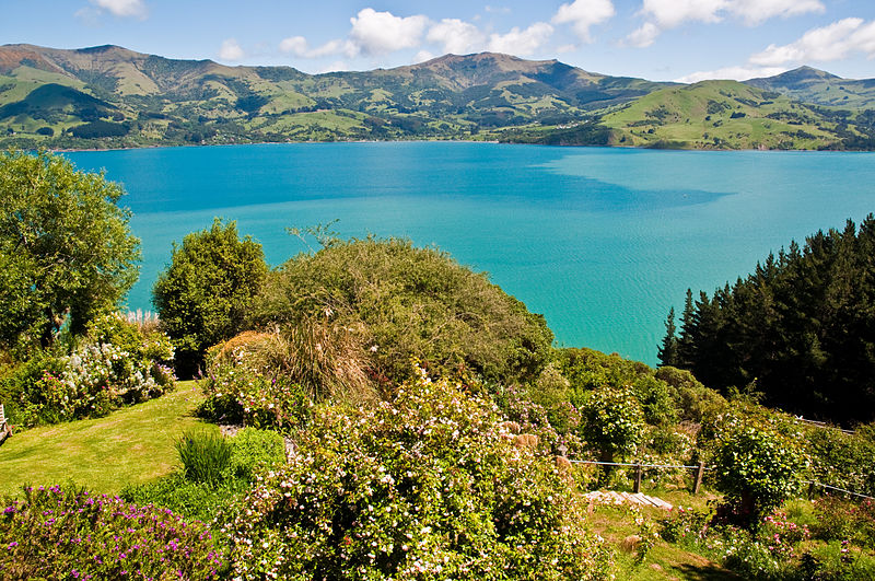 File:Akaroa Garden Tour 4, Mumfords Garden, 21 St.,Nov. 2010 - Flickr - PhillipC.jpg