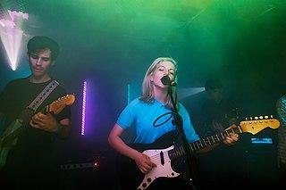Alvvays Canadian indie pop band