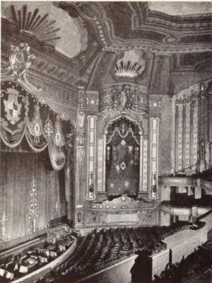 Ambassador Theatre (St. Louis) - Image: Ambassador Theatre, St.Louis, MO in 1926 1