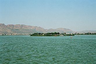 Chahamanas of Shakambhari - The Ana Sagar lake in Ajmer was commissioned by the Chahamana ruler Arnoraja alias Ana