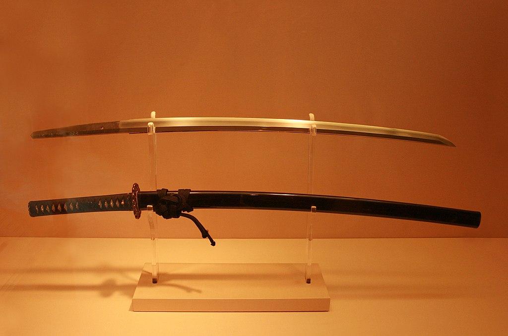 https://upload.wikimedia.org/wikipedia/commons/thumb/d/d9/Antique_Japanese_%28samurai%29_katana_met_museum.jpg/1024px-Antique_Japanese_%28samurai%29_katana_met_museum.jpg