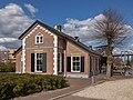 Apeldoorn, restaurant de Brugwachter in monumentaal pand GM0200wikinr455 foto2 2015-04-05 15.40.jpg
