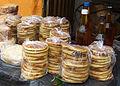 Arepas de trigo y miel de abeja.jpg