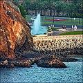 As Sultan Qaboos Port, Muscat - long fountain - panoramio.jpg